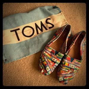 TOMS, barely worn excellent condition!
